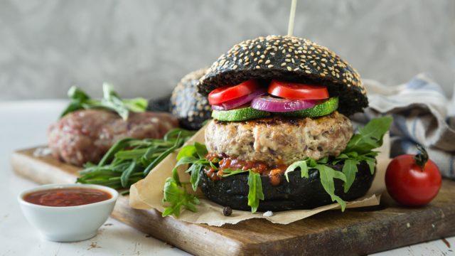 黒いハンバーガー